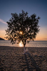 Another sunset (Vagelis Pikoulas) Tags: sun sunset sunburst beach kythnos kyklades island greece europe summer 2016 july travel holiday holidays view landscape seascape sand canon 6d tokina 2470mm