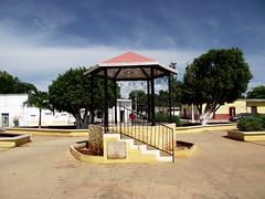 Kopomá, Yucatán (De Mochila por México) Tags: yucatán méxico kopomá kopomáyucatán kopomáyucatánméxico kopomáméxico yucatánméxico kopomayucatan kopomayucatanmexico kopomamexico yucatanmexico kopomacenote cenotesantito cenotesantitokopoma