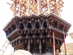 Sri Mookambika temple, Kollur (7) (v s raam (on/off)) Tags: mookambika kollur udupi mangalore karnataka sakthi shakthi sakti shakti sankara sankaracharya shankaraycharya adi shankara sankaraycharya shankaracharya energy primodial ratha chariot rathotsava car templecar sculpture carve carving wood woodcarving