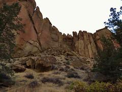 Smith Rock State Park (Powskichic of Bend) Tags: oregon centraloregon bend hiking trails cliffs redmond routes meander rockclimbing basalt crookedriver climbers sheer tuff terrebonne smithrockstatepark powskichicofbend brendareidirwin
