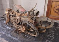 Rusty mopeds (Fuego 81) Tags: holland netherlands canal junk rust nederland wreck moped discovery scrap zwolle roest brommer wrak dreggen schroot baggeren vondst stadsgracht moatfind