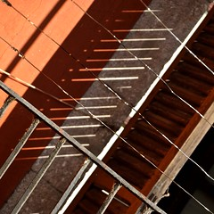 Girona_VIII (estiu87) Tags: wood abstract metal shadows graphic geometry schatten fusta ombres myway balcons urbandetails