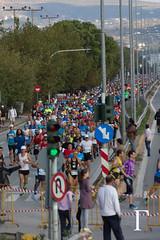 5km (Γκάελ) Tags: race fire marathon run athens course altar greece runner feu grece attica athenes αθηνα ελλαδα athensclassicmarathon 3emeedition μαραθονασ 30thedition