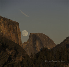 Moonrise Yosemite National Park (CircadianReflections Photography) Tags: nikon moonrise halfdome yosemitenationalpark nikkor elcapitan goldenhour 80200mm cs6 d700 sandiskextremedigitalfilm