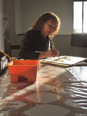 57/89 - Mame artista! (Anne Brighter) Tags: sunlight art beautiful painting mom mommy mother