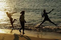 joy (ben ot) Tags: girls sunset shadow beach children jump joy wave ombre enfants vague crpuscule madagascar plage joie filles saut coucherdesoleil vezo malgaches andavadoaka paysvezo flickrestunegrossemerde