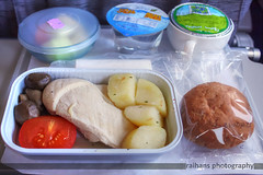 GF765 - LCML (LOW CALORIE MEAL) (raihans photography) Tags: food canon eos inflight meal inflightmeal dslr canondslr efs gf gulfair canonefs canonefslens canonefs1855mmf3556is 1000d canoneos1000d lcml lowcaloriemeal raihans raihanshahzad raihansphotography