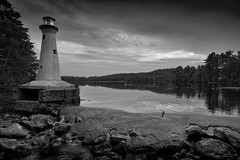 (Mr. Tailwagger) Tags: leica m240 superelmarm 21mm mini lighthouse lake nh shoreline tailwagger