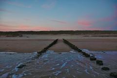 ondergaande zon Nollestrand (Omroep Zeeland) Tags: nollestrand vlissingen zon zee natuur zeeland walcheren duinen mooi weer ondergaandezon paalhoofd