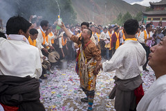 2016_Tibet_Flickr_2star-123 (arkienkeli) Tags: tibet repkong shaman festival tongren amdo