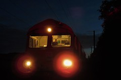 Nightshift at Alnmouth - DB Schenker Class 66 (Gilli8888) Tags: railway rail infrastructure class66 loco locomotive diesel diesellocomotive db dbschenker alnmouth railscape