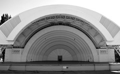 CNE / Canadian National Exhibition Bandshell .... Toronto, Ontario (Greg's Southern Ontario (catching Up Slowly)) Tags: artdeco cne cnebandshell bandshell music monochrome arch blackandwhitephotography toronto stockphotography nikon nikond3200