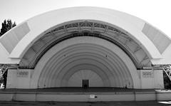 CNE / Canadian National Exhibition Bandshell .... Toronto, Ontario (Greg's Southern Ontario (catching Up Slowly)) Tags: artdeco cne cnebandshell bandshell music monochrome arch blackandwhitephotography toronto stockphotography nikon nikond3200