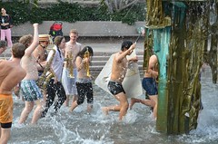 Band In The Fountain (Joe Shlabotnik) Tags: fountain princeton 2012 faved princetonband woodywoo october2012
