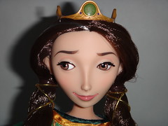LE Merida and Queen Elinor 17'' Doll Set - First Look - Deboxed - Queen Elinor Standing - Closeup Front View (drj1828) Tags: doll personal photos disney queen pixar brave limitededition disneystore elinor poseable deboxed