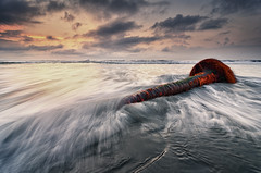 Murka [Explored] (eggysayoga) Tags: sea bali motion tree beach water sunrise indonesia landscape nikon coconut wave tokina filter 09 lee nd kelapa pantai graduated ombak pohon 1116mm manyar d7000