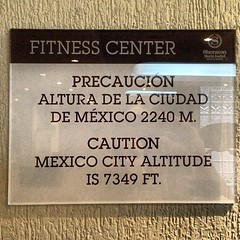 Be careful! #KSCRocketmanTri high altitude training #MexicoDF