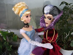 Cinderella makes peace with Lady Tremaine (pupuceplus) Tags: lady doll disney cinderella edition tremaine liimited