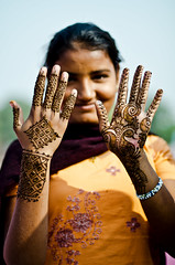 Covered (B.Bubble) Tags: girls india hands fingers henna jaipur mehndi rajasthan portriat