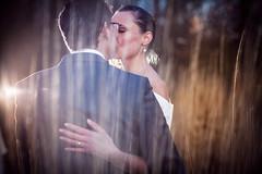 Wedding / Trouwen (♥siebe ©) Tags: wedding holland love dutch groom bride kiss flash nederland thenetherlands riet liefde 2012 huwelijk kus trouwen bruiloft bruid bruidegom trouwfoto bruidsreportage pocketwizard trouwreportage bruidsfotografie bruidsfoto wwwmooietrouwreportagesnl