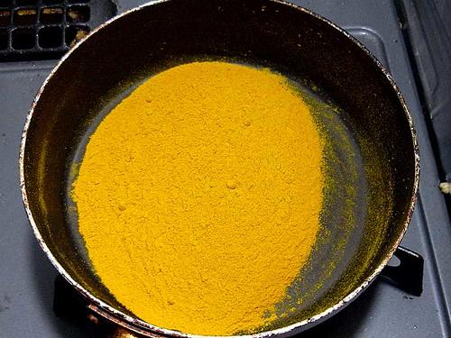 カレー粉作り