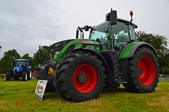 (Zak355) Tags: buteagriculturalshow rothesay isleofbute bute cattleshow 2016 farming farm fendt tractor newholland