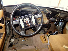 IMG_0176 (rat_fink) Tags: volvo 200 240 244 240dl 244dl 1990 interior wiring dash dashboard wiringharness steeringwheel