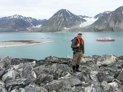 Me at Magdalenefjorden IMG_0488 (grebberg) Tags: magdalenefjorden spitsbergen svalbard july 2016