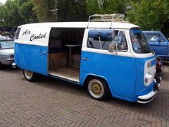 VW Transporter T2 (911gt2rs) Tags: treffen meeting show event bulli bus oldschool aircooled bbs wheels felgen youngtimer van blau blue tief low stance