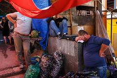 Market scene - Tbilisi, Georgia (Maciej Dakowicz) Tags: asia georgia tbilisi city people dezerter bazaar market work labour dailylife