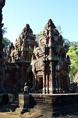 Banteay Srei (Isabel-Valero) Tags: banteay srei cambodia asia travel angkor temple templo camboya