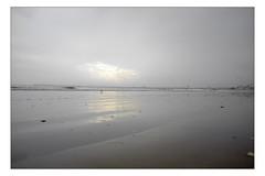 DSCF0158 copie (sylvainbachelot) Tags: baule pornichet plage sable mer ciel vague matin soir soleil mauijim coquillage toile de bord lumire mlancolie fujix70 panorama nature