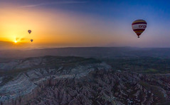 Hot air baloon@Goreme#3 (Sean X. Liu) Tags: hotairbaloons sunrise colorful goreme turkey travel