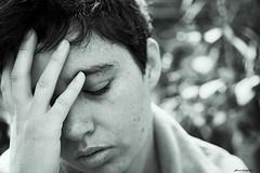 (© Lluvia fotografía) Tags: españa blancoynegro valencia canon tristeza europa retrato cara bn modelo canon5d autorretrato sentir proyecto sensaciones lluviadevargas lluviafotografía