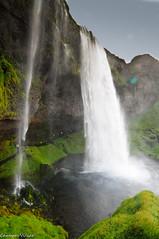seljalandfoss  Islandia (carmenvillar100) Tags: iceland islandia agua cascada d90 seljanlandfoss
