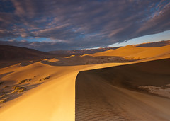follow the curves (Andy Kennelly) Tags: california light lines clouds sunrise death sand day shadows cloudy dunes curves hills mesquite valley ripples
