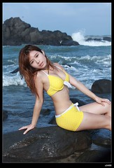nEO_IMG_IMG_1380 (c0466art) Tags: blue light summer portrait sky color cute girl yellow canon fly big pretty wind time outdoor quality gorgeous north young taiwan wave swing suit 5d shooting lovely charming activity pure seashore ili c0466art
