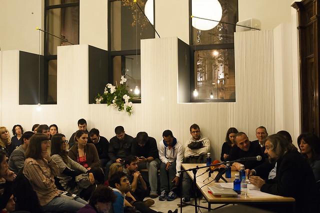 "Presentación del libro 'Ciberactivismo', de Mario Tascón y Yolanda Quintana • <a style=""font-size:0.8em;"" href=""http://www.flickr.com/photos/32810496@N04/8225763591/"" target=""_blank"">View on Flickr</a>"
