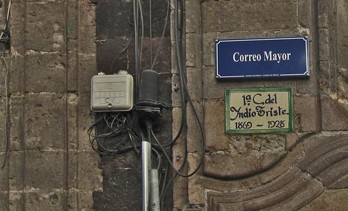 "Ciudad de México 666 • <a style=""font-size:0.8em;"" href=""http://www.flickr.com/photos/30735181@N00/8247928619/"" target=""_blank"">View on Flickr</a>"