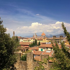 The city walls surrounding Florence (Bn) Tags: santa city summer vacation italy holiday money hot streets tower art history weather museum del river gold florence italian topf50 europe italia gallery view bell maria churches tourist panoramic ponte ca