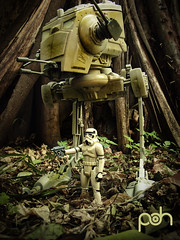 Stormtrooper arrives Endor (N3CR0N0M1C0N) Tags: original art toy toys photography photo starwars cool nice flickr foto arte shot artistic pic collection stormtrooper fotografia juguetes juguete collectable artistico coleccin coleccion fotografa artstico coleccionable bipode bpode pedrodaniel n3cr0n0m1c0n pedrodanielhernandezphotography pedrodanielhernndezphotography