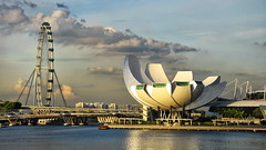 ArtScience Museam, Singapore (Br@jeshKr) Tags: artsciencemuseum marinabay singaporeevening singapore flyer singaporeflyer brajeshart