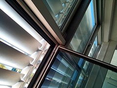 rolete (Rijeka u slikama) Tags: windows blinds glass