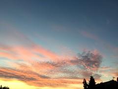 Bonne soirée à tous (karine_avec_1_k) Tags: sky ciel summer été coucherdesoleil sunset cloud nuage