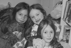Sleepover (black and white) (Loulum) Tags: birthday sleepover bw