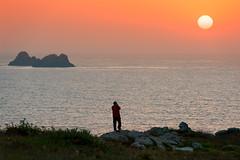 Cae el sol (Marce Alvarez.) Tags: nikon atardeceres acantilados cantabria cantabrico mar marcealvarez landscape nikon70200f28 locuos robayera paisaje