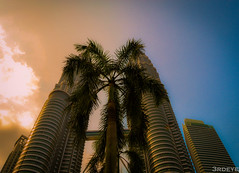 (Newslide) Tags: malaysia petronas achitecture landmark nikon colors 1855mm kitlens nikonflickraward