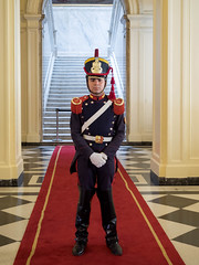Argentinian watchman in Palace of the Argentine National Congress / Argentinische Wchter in Palast der argentinischen National Congress (wuestenigel) Tags: architektur building argentina palast southamerica feier buenosaires person sdamerika unesco parliament national celebration palace uniform wache guardargentinien soldat architecture parlament soldier uhr gebude watch villaconstitucin santafe argentinien ar