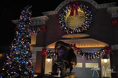 Christmas in Radiator Springs (KerriNikolePhotography) Tags: christmas holiday lights nikon decoration christmastree disney wreath stanley nikkor dca dlr zoomlens disneycaliforniaadventure disneylandresort radiatorsprings nikond3000 carsland kerrinikolephotography