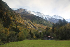 Lauterbrunnen valley, back end, in autumn.